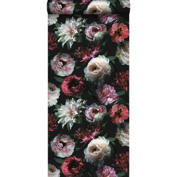 tapet blomster lyserødt, sort og mørkegrønt fra ESTA home